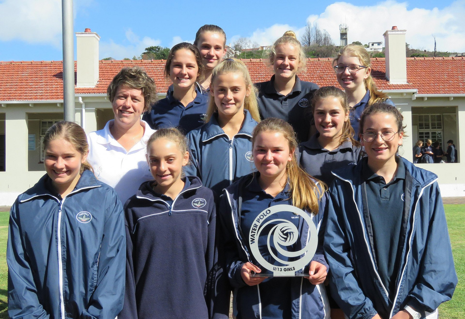Oakhill U13A girls team win the SWD Water Polo League trophy