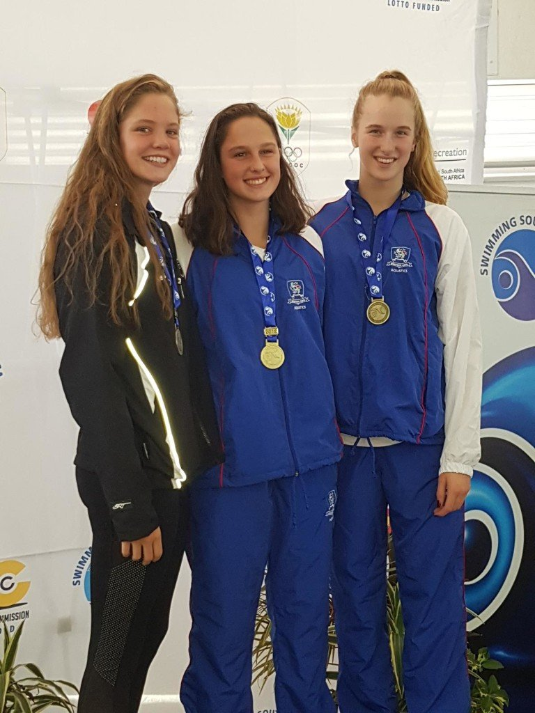 Aimee Canny wins gold at 100m freestyle and Youth Olmpic Qualifying time (Copy)