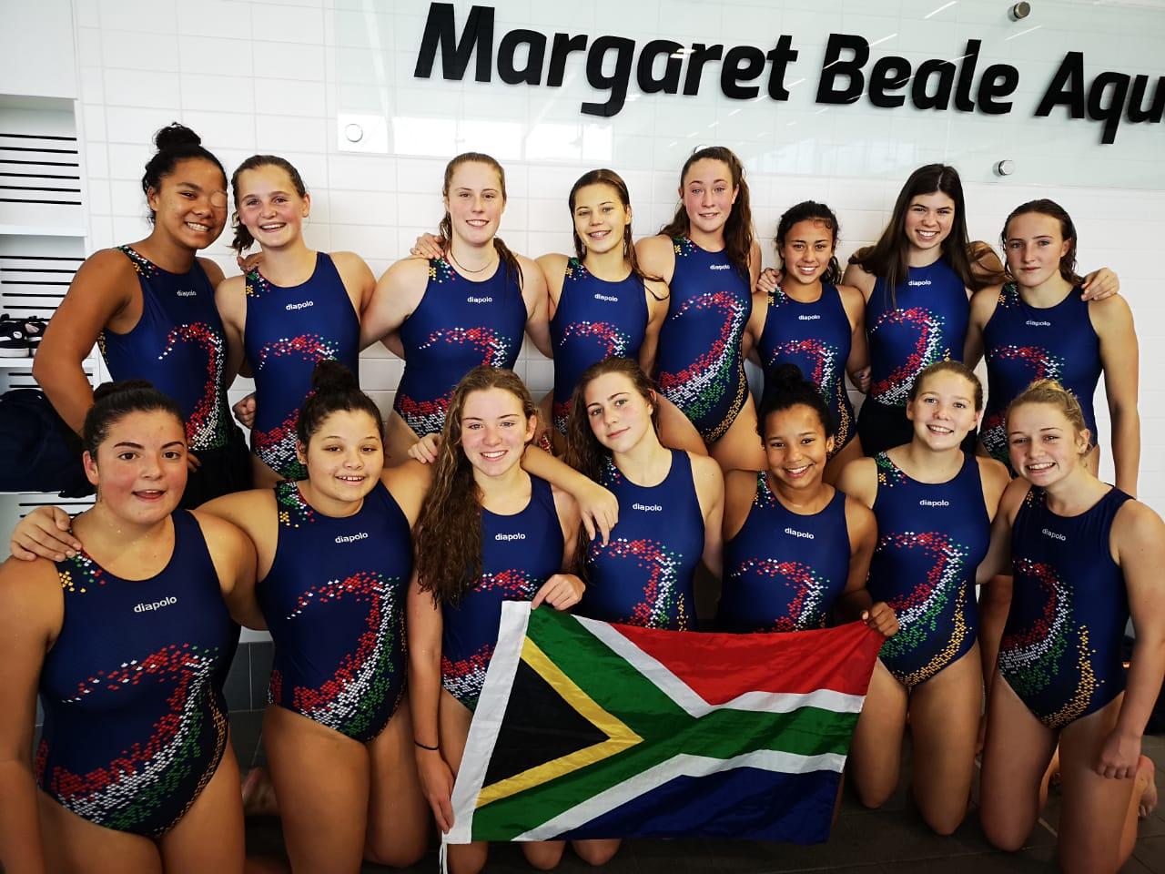 Hannah Verrier with the SA U16 girls team