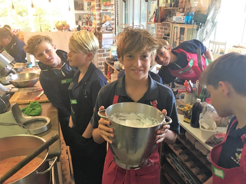 Grade 6 Kilzers Kitchen (2)